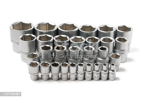 Power nut socket set for ratcheting wrench arranged in a row