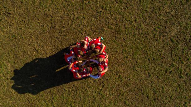 puissance de l'équipe - équipe sportive photos et images de collection