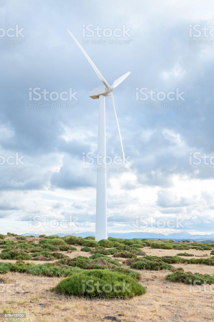 由米爾斯 eolicos 山上的火力發電廠 免版稅 stock photo