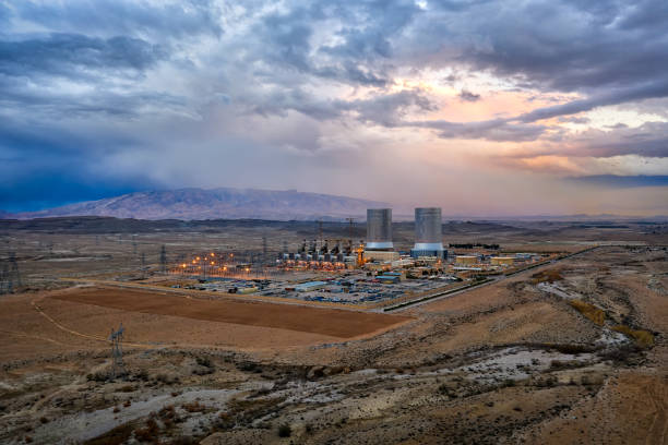 Power Plant in the South of Iran taken in January 2019 taken in hdr Power Plant in the South of Iran taken in January 2019 taken in hdr nuclear power station stock pictures, royalty-free photos & images
