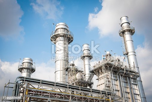 Power plant by natural gas