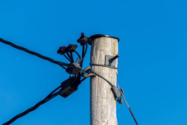 Strommast/Stromleitung – Foto