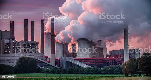 Power Station Chimneys-foton och fler bilder på 2015