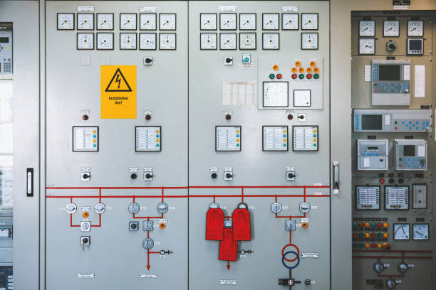Power systems control cabinet Detail of electronics control systems cabinets in industry Low-voltage uninterrupted power in electrical power industrial electrical energy distribution substation high voltage sign stock pictures, royalty-free photos & images