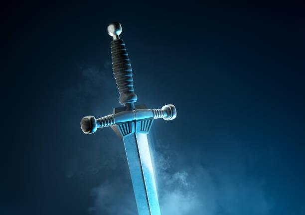 powerful ancient silver sword - sword zdjęcia i obrazy z banku zdjęć