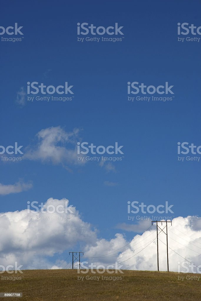 Linee alimentate a Big Sky Country foto stock royalty-free