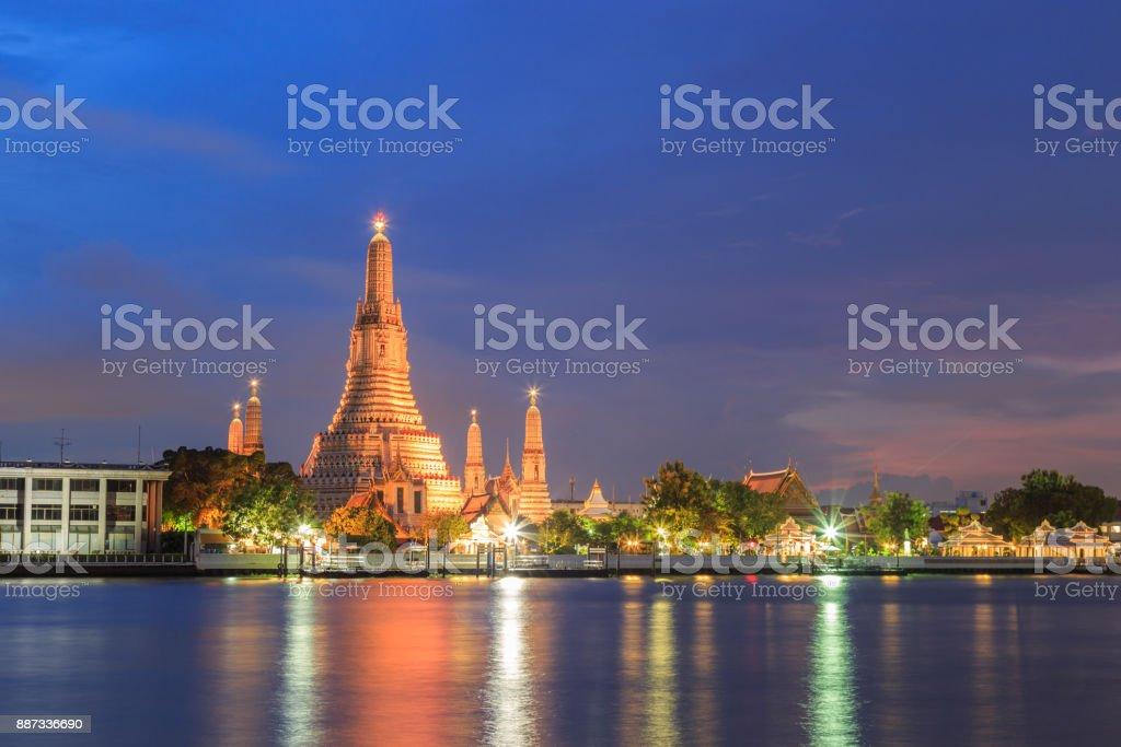 Pra Prank Wat Arun with The sunset sky. stock photo