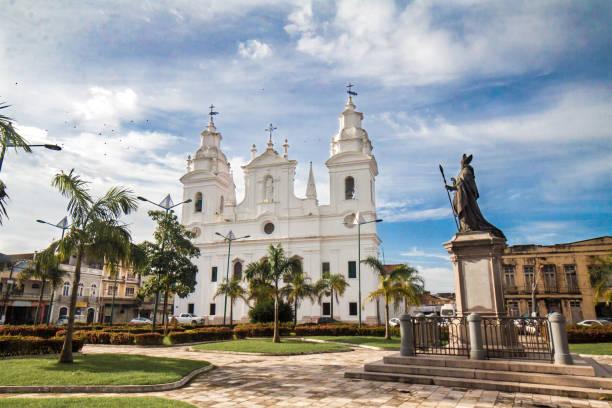 Praça e Igreja da Sé stock photo