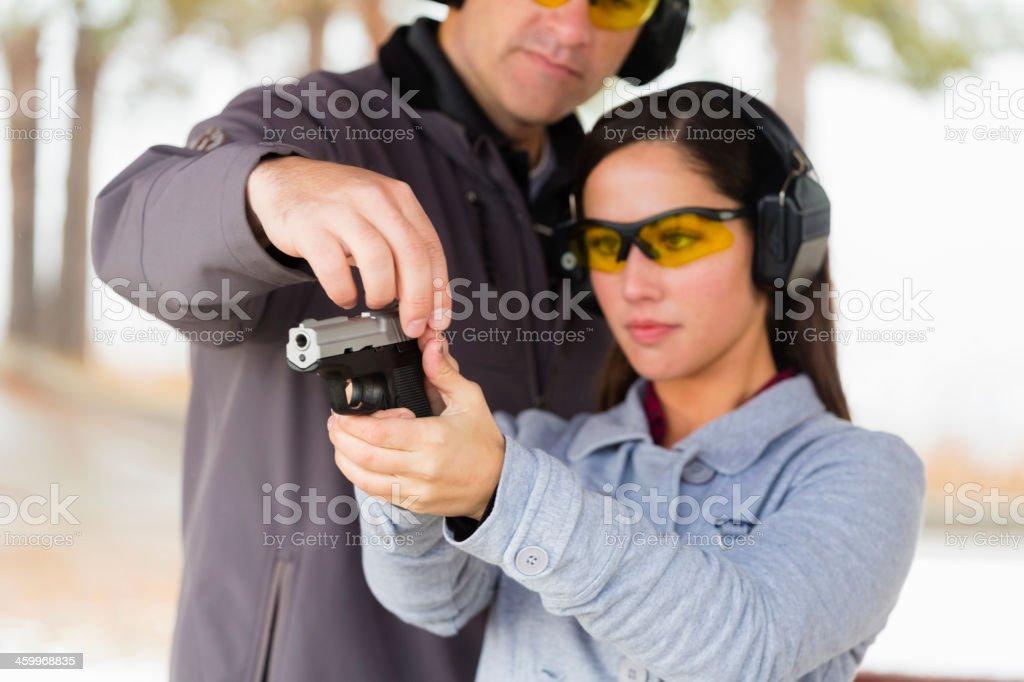 Praticando no campo de disparo - foto de acervo
