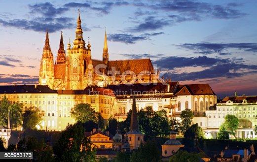 istock Prague castle and Charles bridge at night 505953173