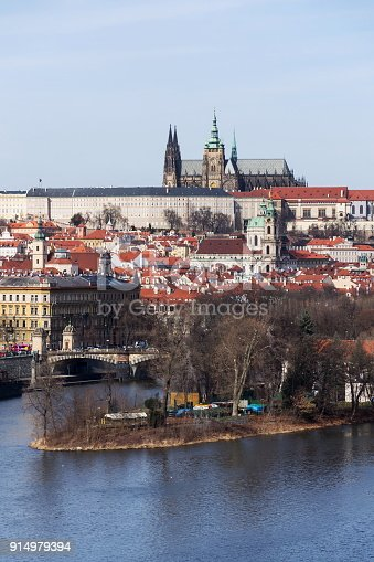 istock Prague panorama with Vltava River, St. Vitus Cathedral, Prague Castle 914979394
