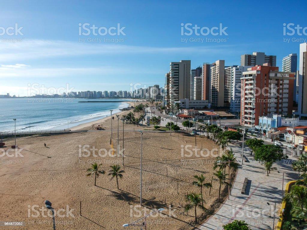 伊拉謝馬海灘從上面, 福塔雷薩, Ceara 州, 巴西。 - 免版稅人圖庫照片