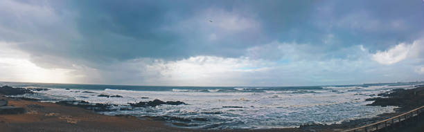 praia dos ingleses porto - rain clouds porto portugal imagens e fotografias de stock