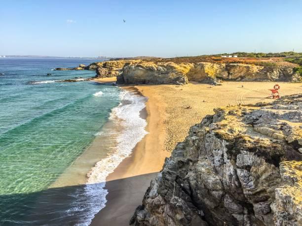 praia grande of porto covo in portugal - setubal imagens e fotografias de stock