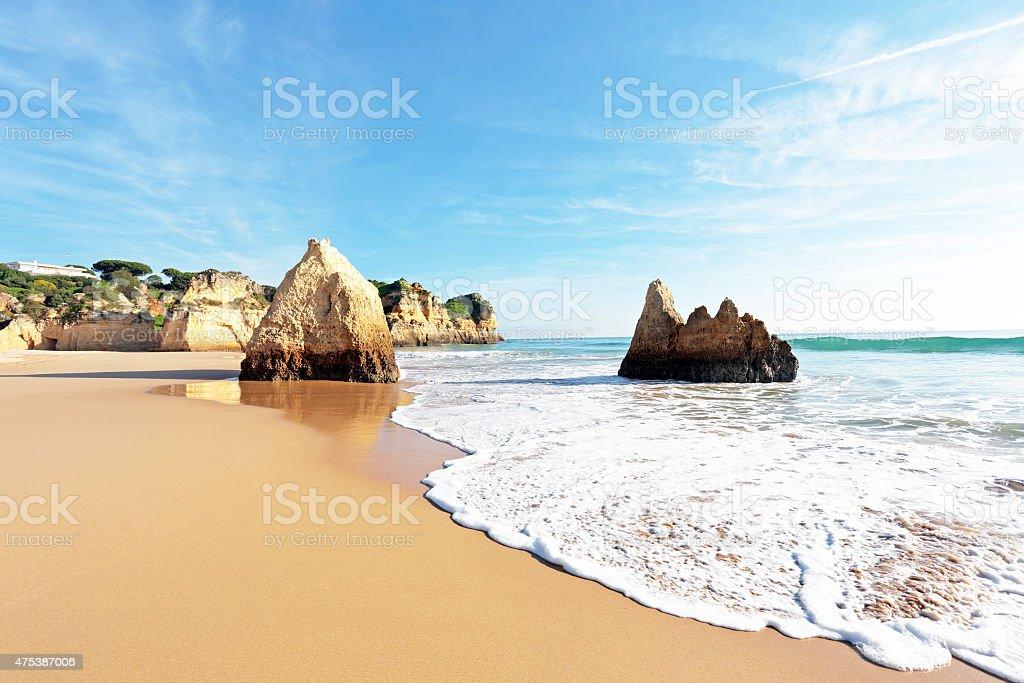 Praia Tres Irmaos em Alvor Portugal - fotografia de stock