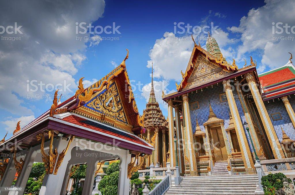 Prasat Phra Thep Bidon in Grand Palace, Bangkok, Thailand foto