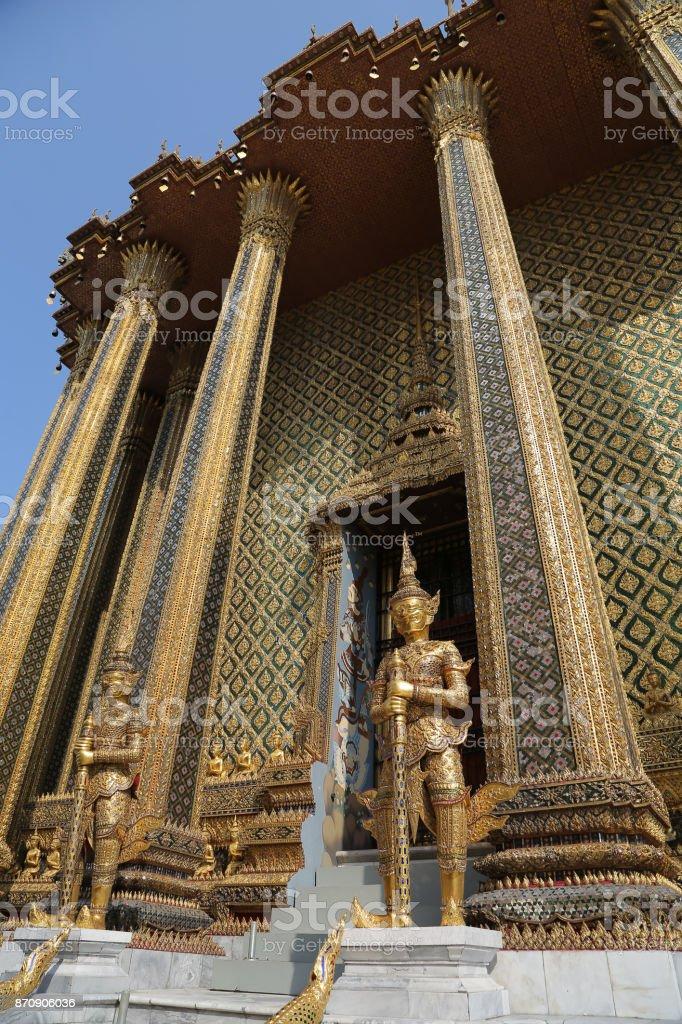 Prasat Phra Thep Bidon in Phra Borom Maha Ratcha Wang, Grand Palace foto