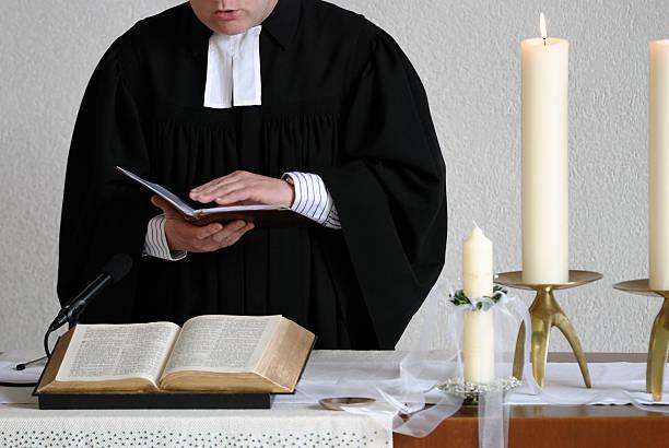oração - padre - fotografias e filmes do acervo