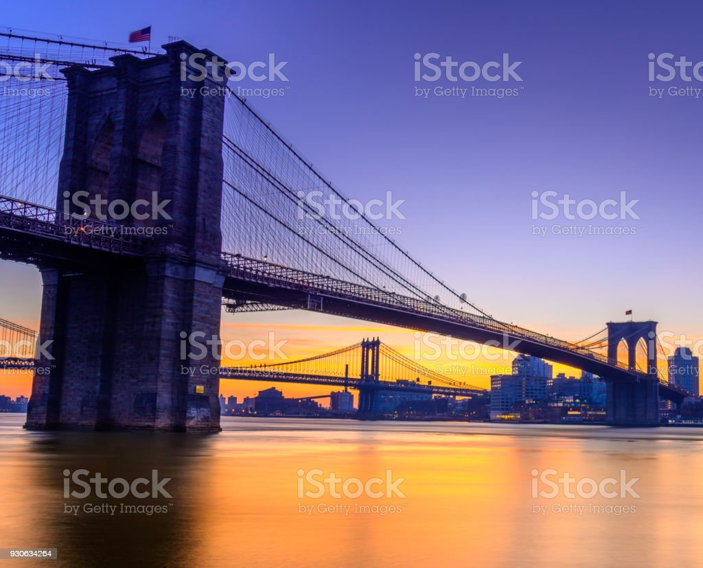 Pre Sunrise and Brooklyn Bridge stock photo