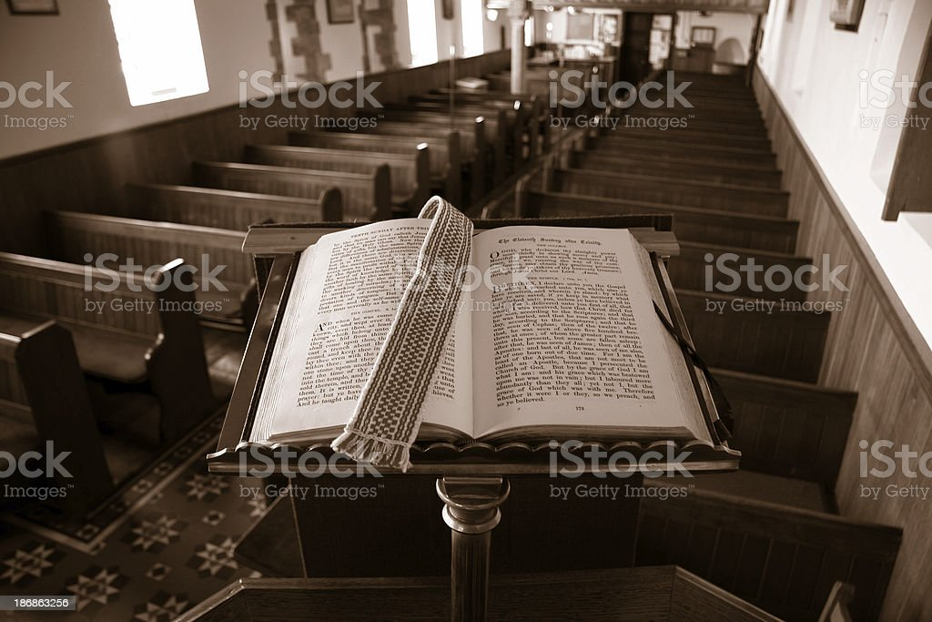 Preaching from the bible - Royalty-free Bench Stock Photo