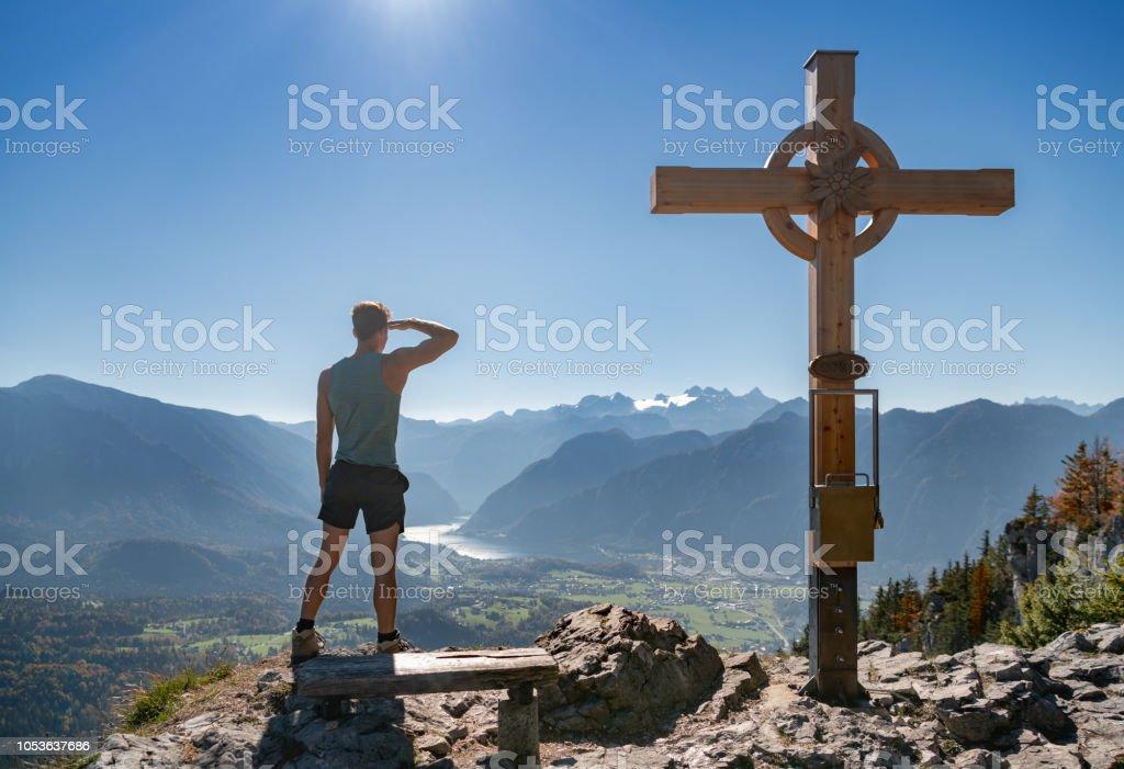 Predigstuhl Gipfelkreuz, Hallstättersee, Dachstein, Österreichische Alpen – Foto