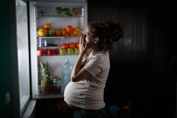 gravid kvinna - cravings bildbanksfoton och bilder