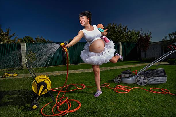 Mujer embarazada - foto de stock
