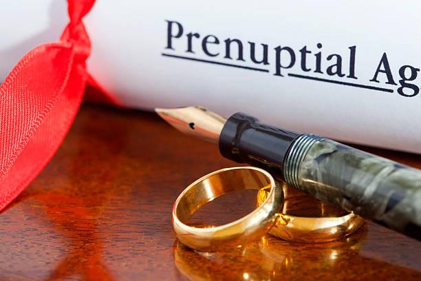 Prenuptial Agreement – Foto