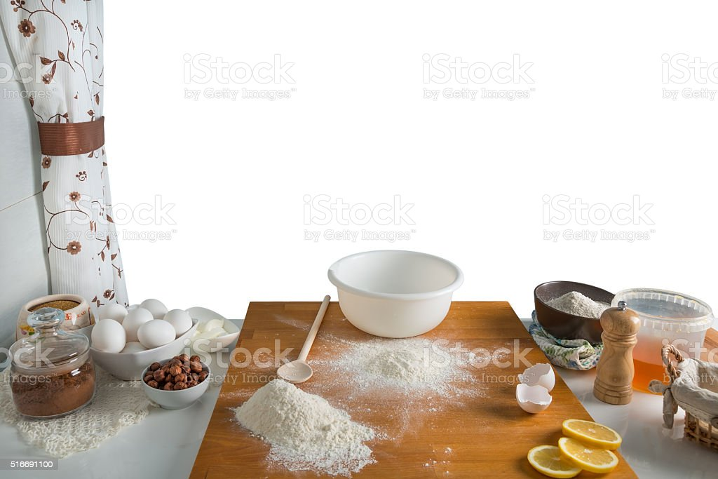 Preparação para assar em um fundo branco - foto de acervo