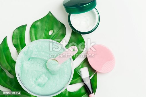 istock Preparation homemade organic cosmetics 1095918984