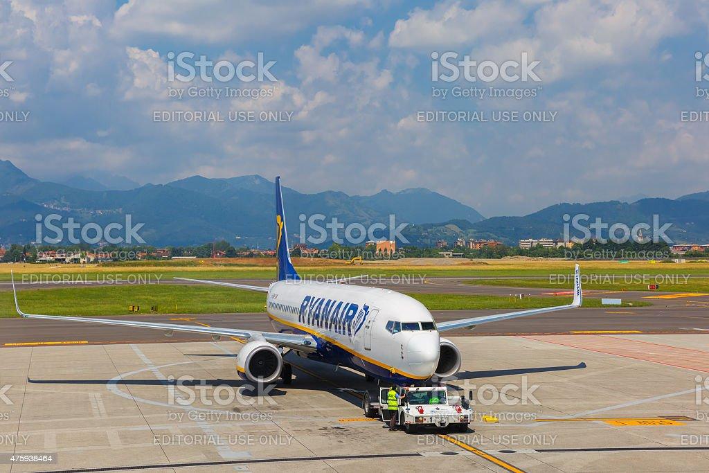 Preparation of aircraft Ryanair in Bergamo to fly stock photo