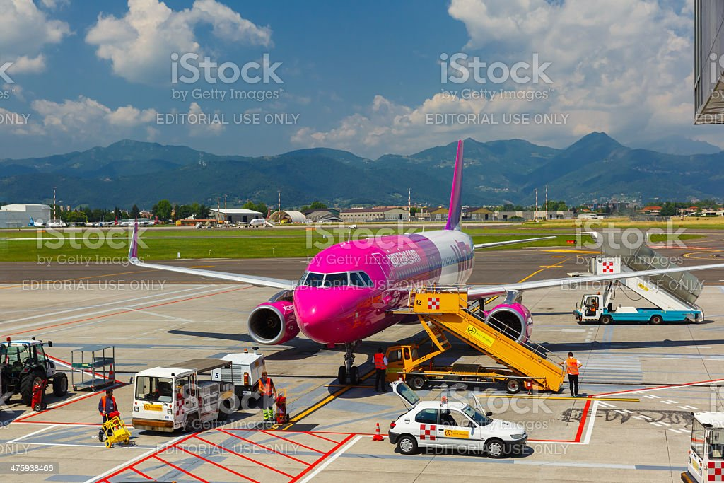 Preparation of aircraft Wizzair in Bergamo to fly stock photo