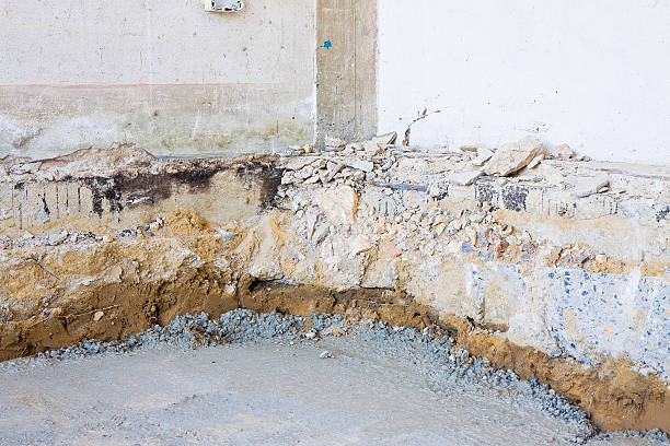 preparatory stage for the construction of a ventilated crawl space - kruipruimte stockfoto's en -beelden