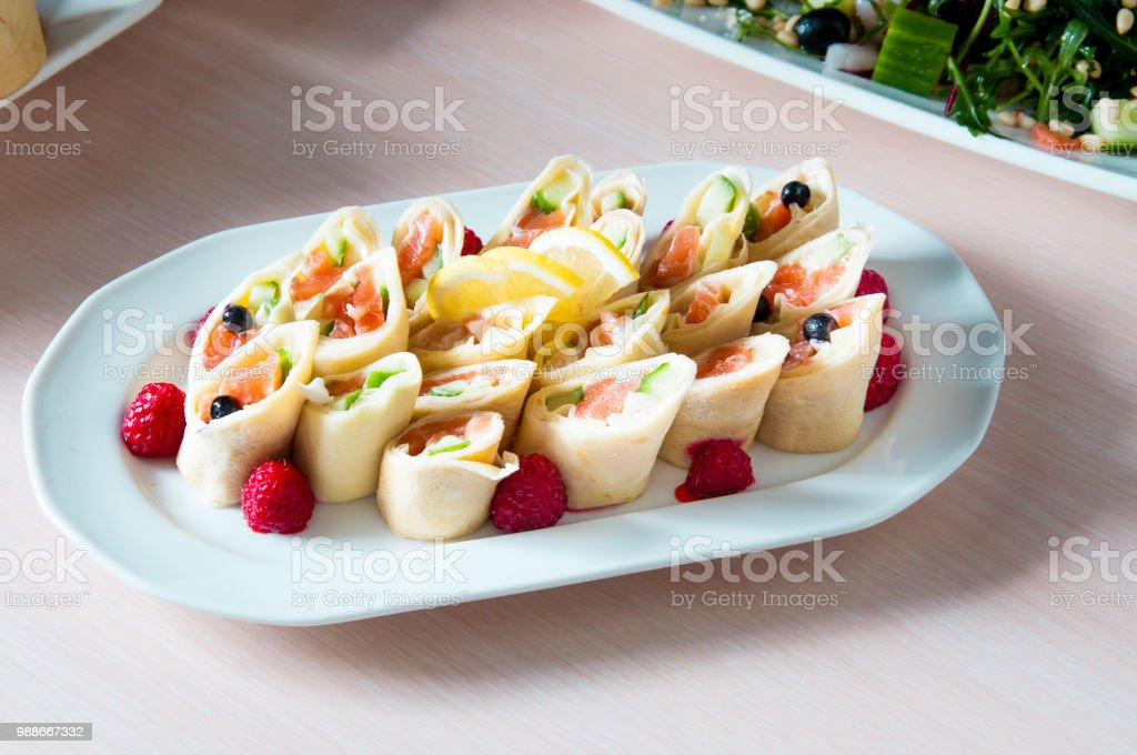 A Prepared Apetit Dish Beautifully Decorated In A Plate On