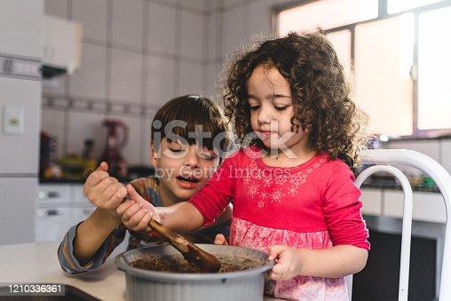 Children, easter, chocolate cake, home interior, 9 years, girl, boy, 4 years, chocolate