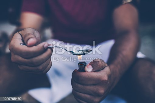istock Preparing his dose 1029765450