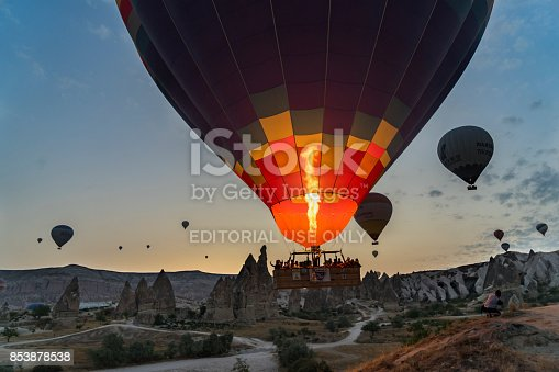 1035635902 istock photo Preparing Hot Air Balloons To Fly over Cappadocia 853878538