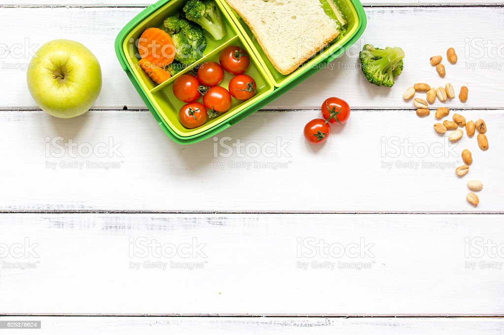 preparing lunch for child school top view on wooden background – Foto