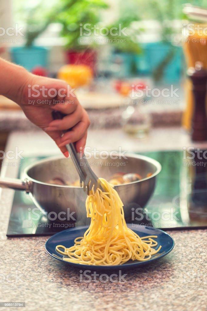 Spaghetti mit Vongole Zubereitung – Foto
