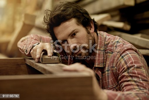 915192732 istock photo Prepping his wood 915193792