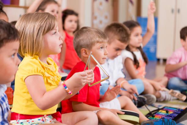 Vorschule musikalische Klassenzimmer – Foto