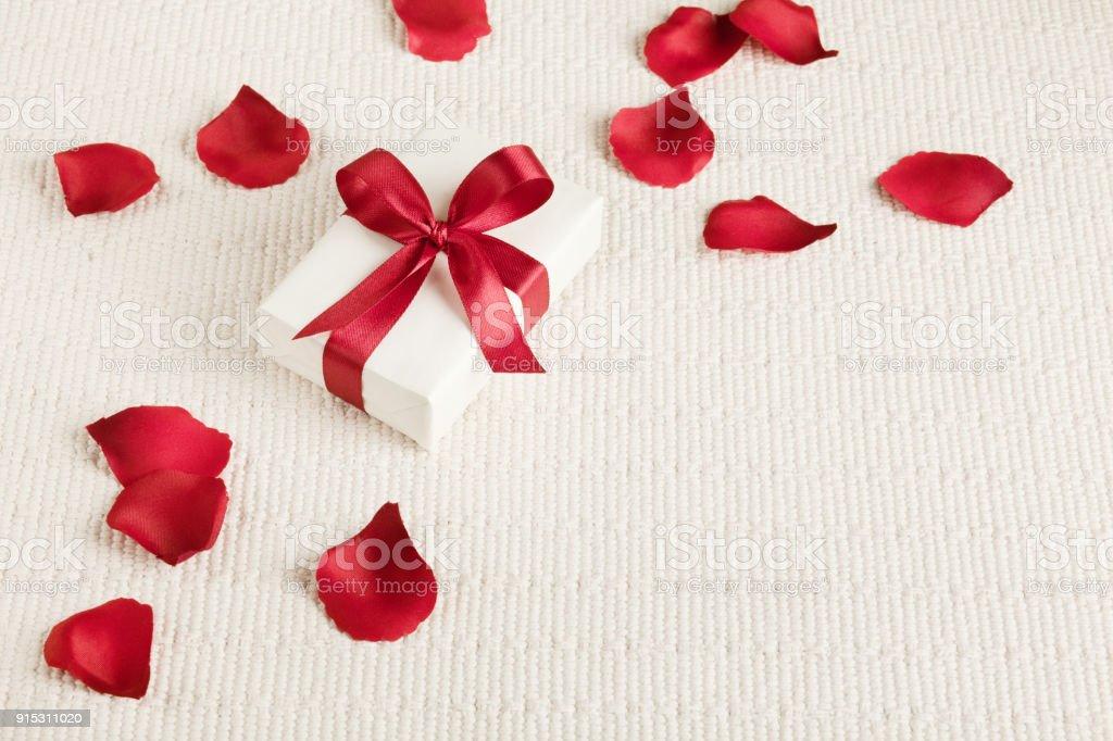 Photo Libre De Droit De Cadeau Pour Valentin Jour De La Mere