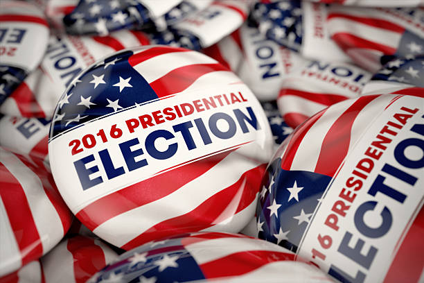 президентские выборы пуговицы - выборы президента стоковые фото и изображения