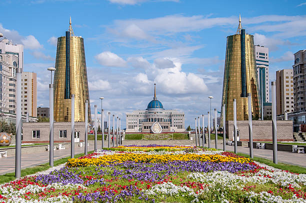 ASTANA, KAZAKHSTAN REPUBLIC President's Palace Acorda ASTANA, KAZAKHSTAN REPUBLIC - 2012: View of the Nurzhol Boulevard and President's Palace Acorda kazakhstan stock pictures, royalty-free photos & images