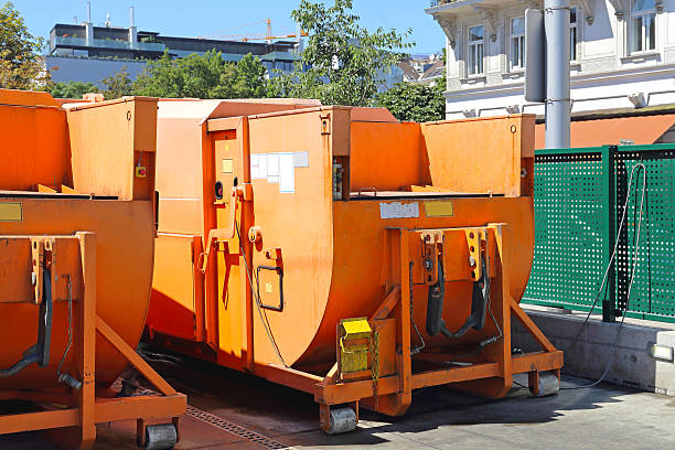 Press Container Press Container Compactor for Industrial Waste Disposal Hydraulic Bin compactor stock pictures, royalty-free photos & images