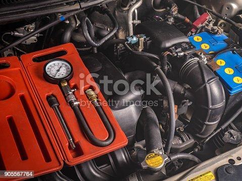 istock pressure gauge for measuring the cylinder compression 905567764