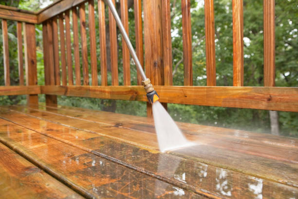 pressure washer cleaning a weathered deck - high pressure cleaning stock photos and pictures