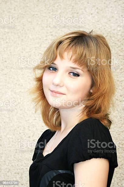 Foto de Linda Garota Loira e mais fotos de stock de Adolescente