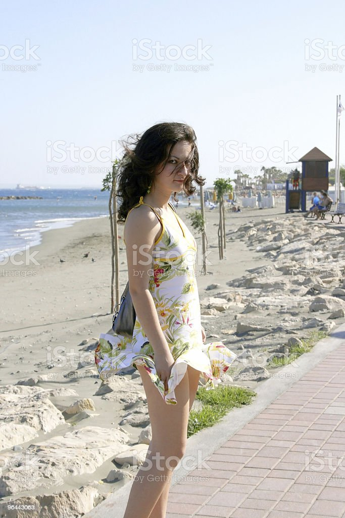 Linda garota brunette - Foto de stock de Adolescente royalty-free