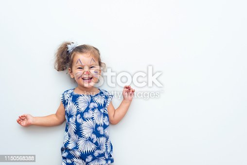 istock Pretty Cat Girl 1150568388